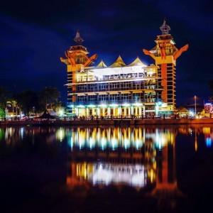 Menara Pandang Malam By Instagram wisatabanjarmasin.com